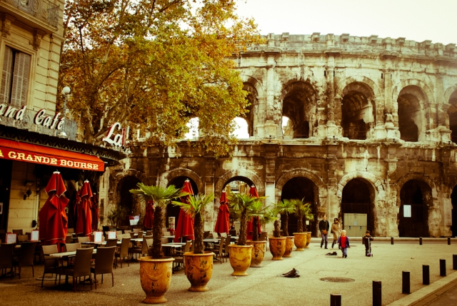 nimes in the morning