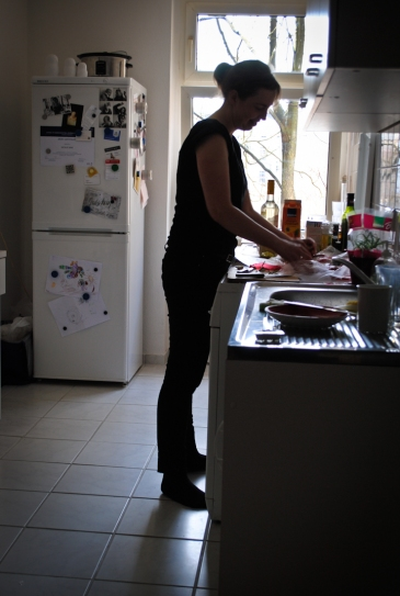 Natalie Holst in the kitchen