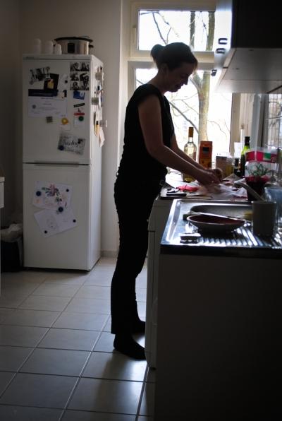 Natalie Holst in the kitchen
